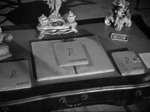 rebecca1940-monogram-morningroom.png
